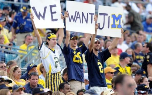 2014 : University of Michigan Introduces Jim Harbaugh as New Football Coach